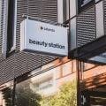 NL4W44 Online retail to physical store Zalando Beauty Berlin
